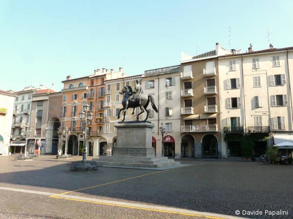 95 negozi a Casale Monferrato